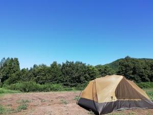 テントを乾かしながら朝食